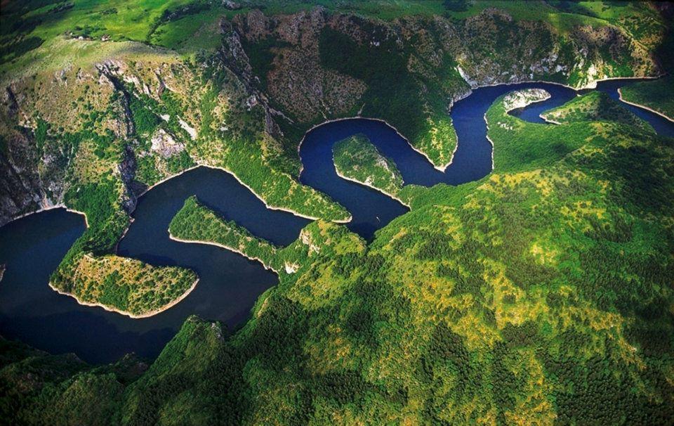 תצפית על נהר האובץ הפתלתל